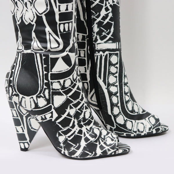 ABSTRACT THIGH-HIGH BOOTS