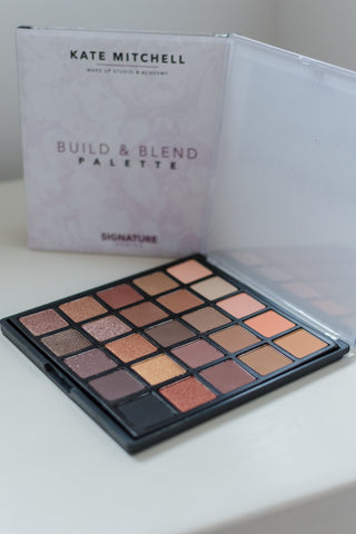 BUILD & BLEND PALETTE