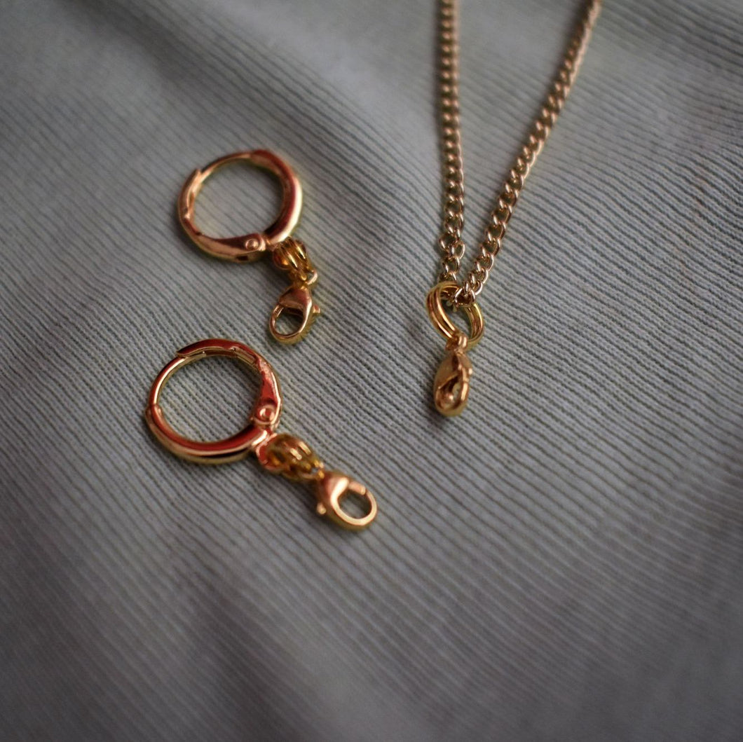 Dainty yellow gold vermeil necklace
