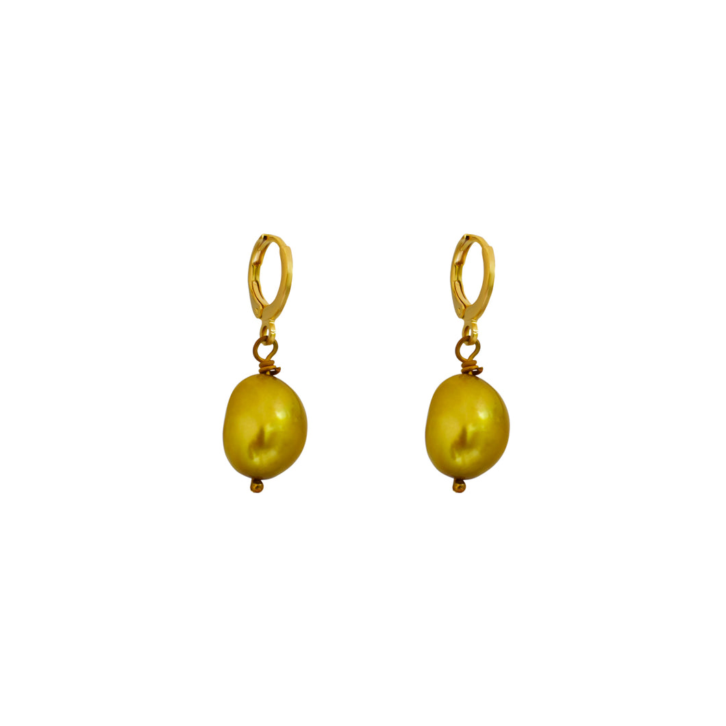 Unique Gold Pearl Earrings