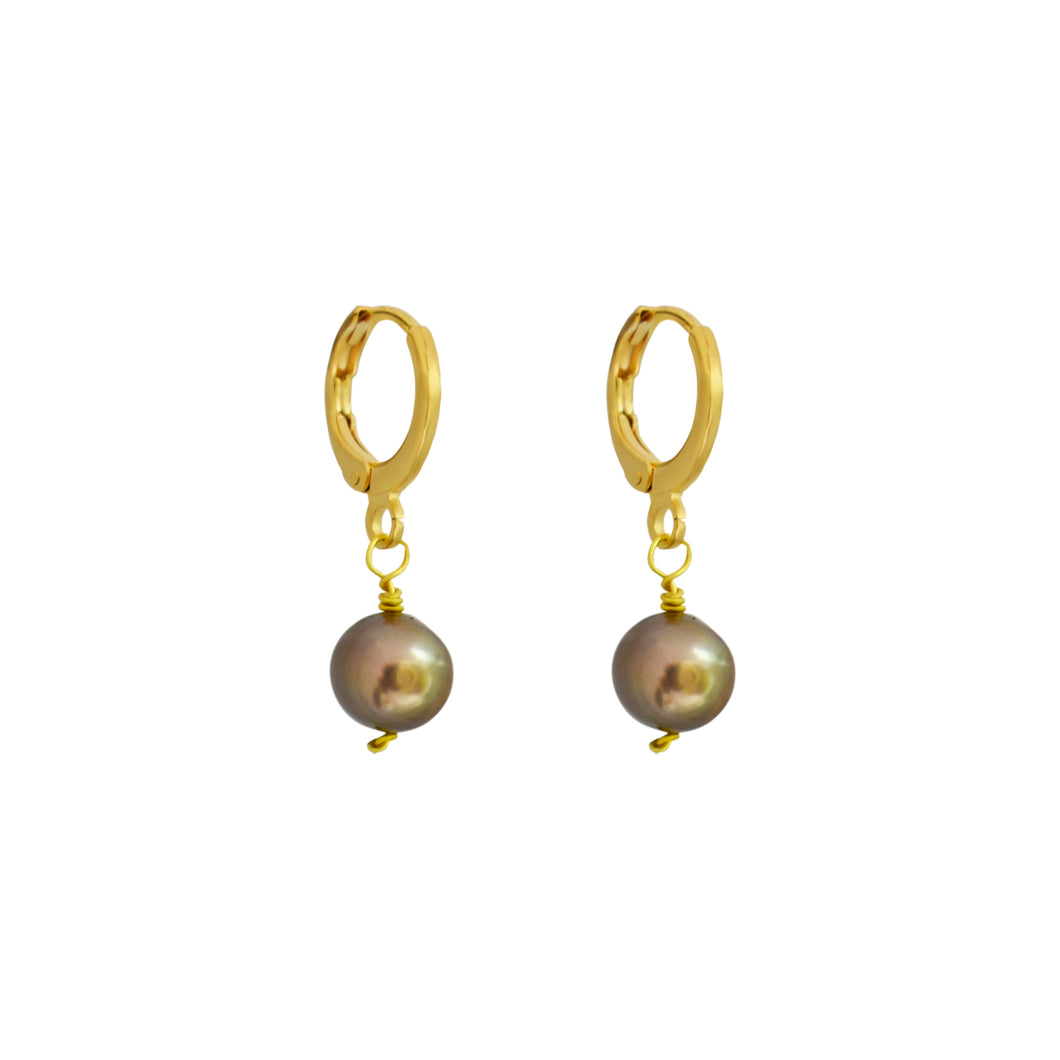 Large silver pearl earrings