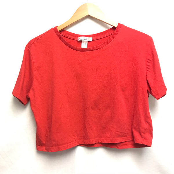 Medium Adult T-Shirt SWS Essentials Crop Top Red