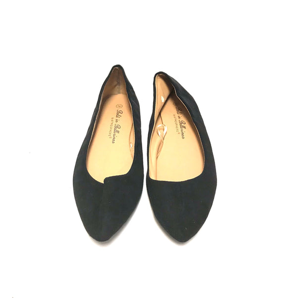 Size 7 Adult / Flats / Atmosphere / Black Faux Suede