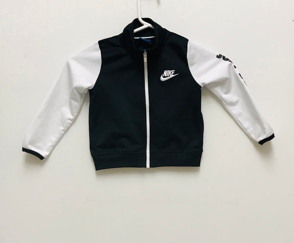 2T / Track Suit / Nike / Black and White Just Do It