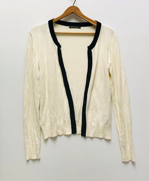 Medium / Long Sleeve Shirt / Suzy Shier / White Button-Up Cardigan Black Trim