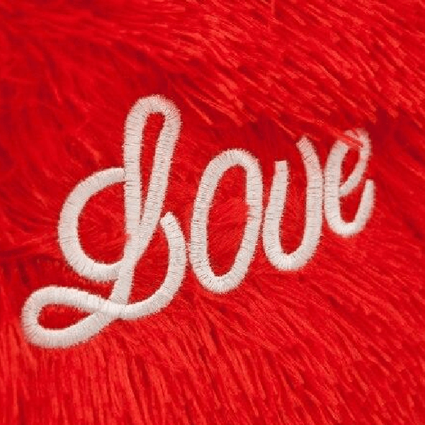"Coussin Coeur ""Love"""