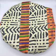 Load image into Gallery viewer, Medium Satin-Lined Bonnet: Multicolored African Print