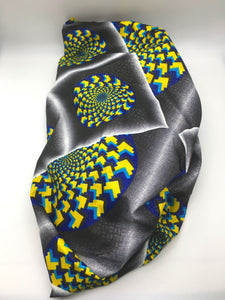 Medium Satin-Lined Bonnet: Geometric Shapes