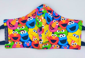 Licensed Print - Sesame Street: Contoured Adult Face Masks (One Size Fits Most; Ages 11+)