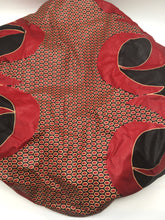 Load image into Gallery viewer, Medium Satin-Lined Bonnet: Black and Red