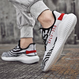Men Breathable Sneakers Running Shoes Sports Shoes Athletic Shoes 3 Colors