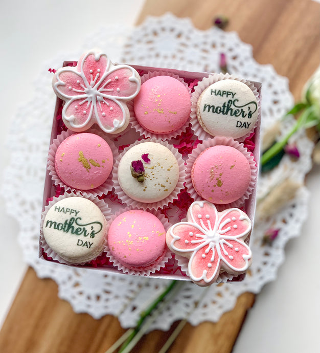 SweetsbyCaroline Mother's Day Macaron Set with Gluten Free French Macarons, Cherry Blossom Macarons, Happy Mother's Day Macarons, Pink and White Cherry Blossoms, Gold Glam Macarons