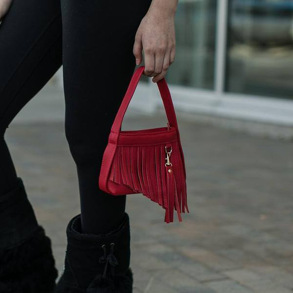 SheNative Announces Limited Edition Red Purse Collection