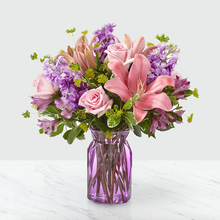 Load image into Gallery viewer, Vase Arrangement Subscription (4 Weeks)