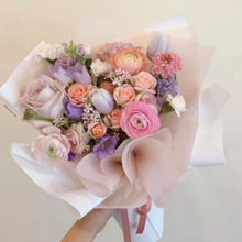 Load image into Gallery viewer, Valentine's Mix Bouquet
