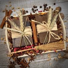 Load image into Gallery viewer, Fall Season Handmade Soap Gift Set