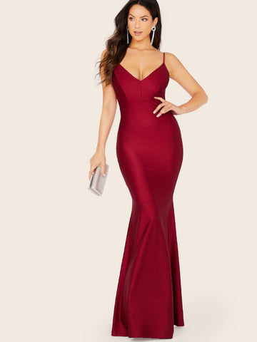 Burgundy Spaghetti Strap Ruched Back Sleeveless V-Neck Gown