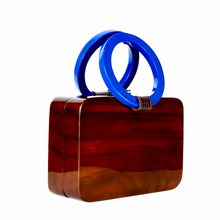 Load image into Gallery viewer, Victoria