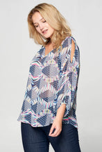 Load image into Gallery viewer, Plus Size V-Neck Open Sleeve Top