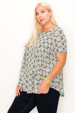 Load image into Gallery viewer, Plus Size Multi Print Tunic Top