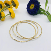 Load image into Gallery viewer, Assorted Brass Bangles