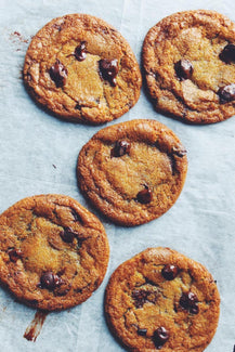 6 Simple Steps Choc Chip Cookies