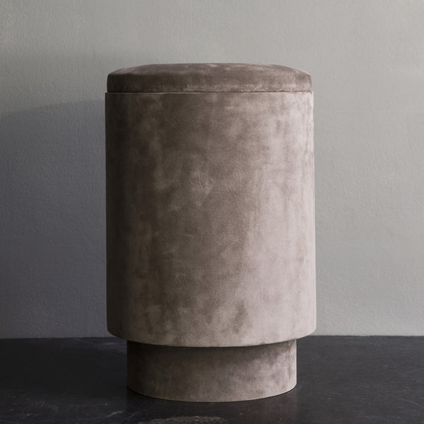 Pouf in suede - dusty powder