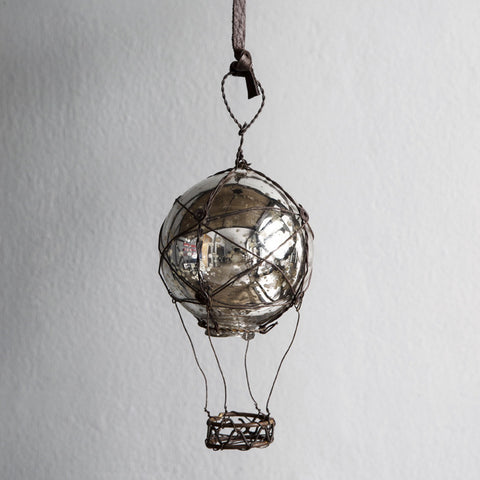 Hot air balloon in glass