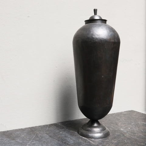 Large iron 'odalisque' jar