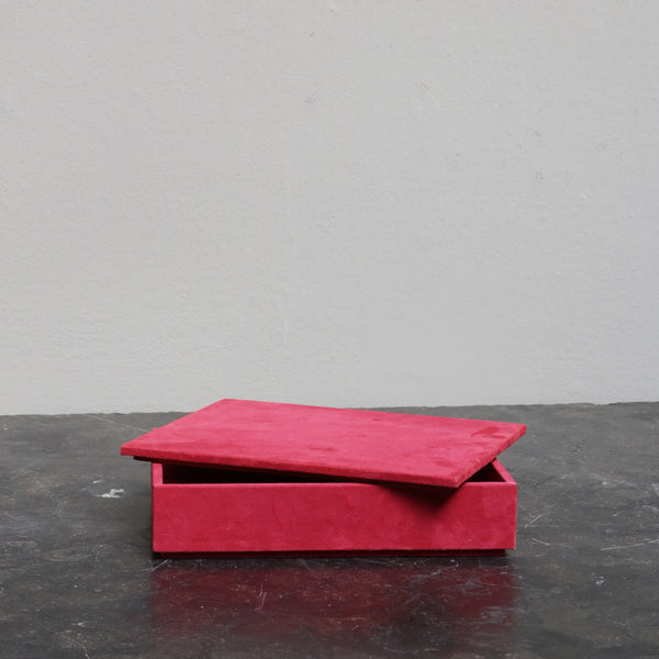 Letterbox in pink suede