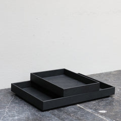 Paper tray in black leather