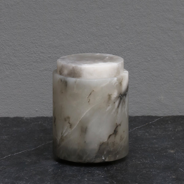 Medium alabaster jar with lid