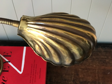 Load image into Gallery viewer, Brass Clam Shell Lamp