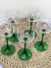 Load image into Gallery viewer, Cocktail Glasses - set of 5