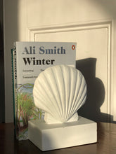 Load image into Gallery viewer, Seashell bookends