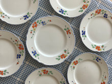 Load image into Gallery viewer, Vintage Floral Dinner Set