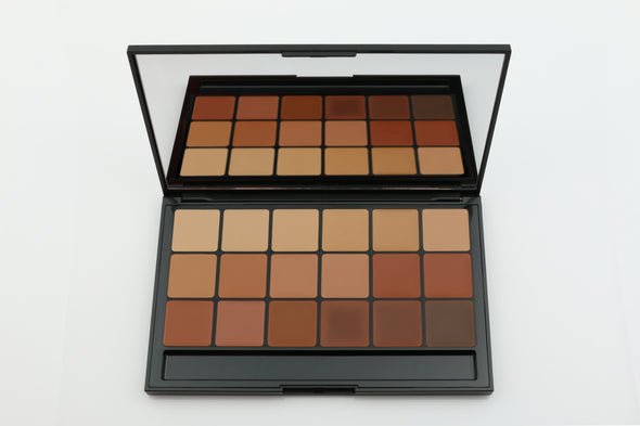 Vincent Kehoe - 18 Part Foundation/Concealer palette - #10