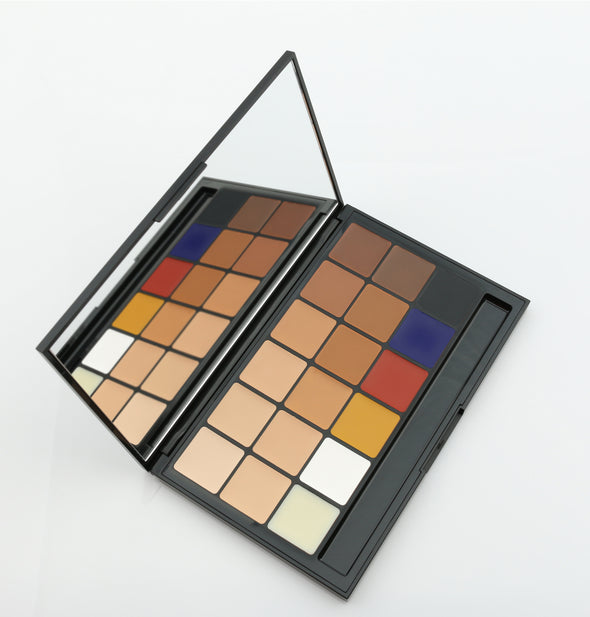 Vincent Kehoe - 18 Part Foundation/Concealer palette - KJB