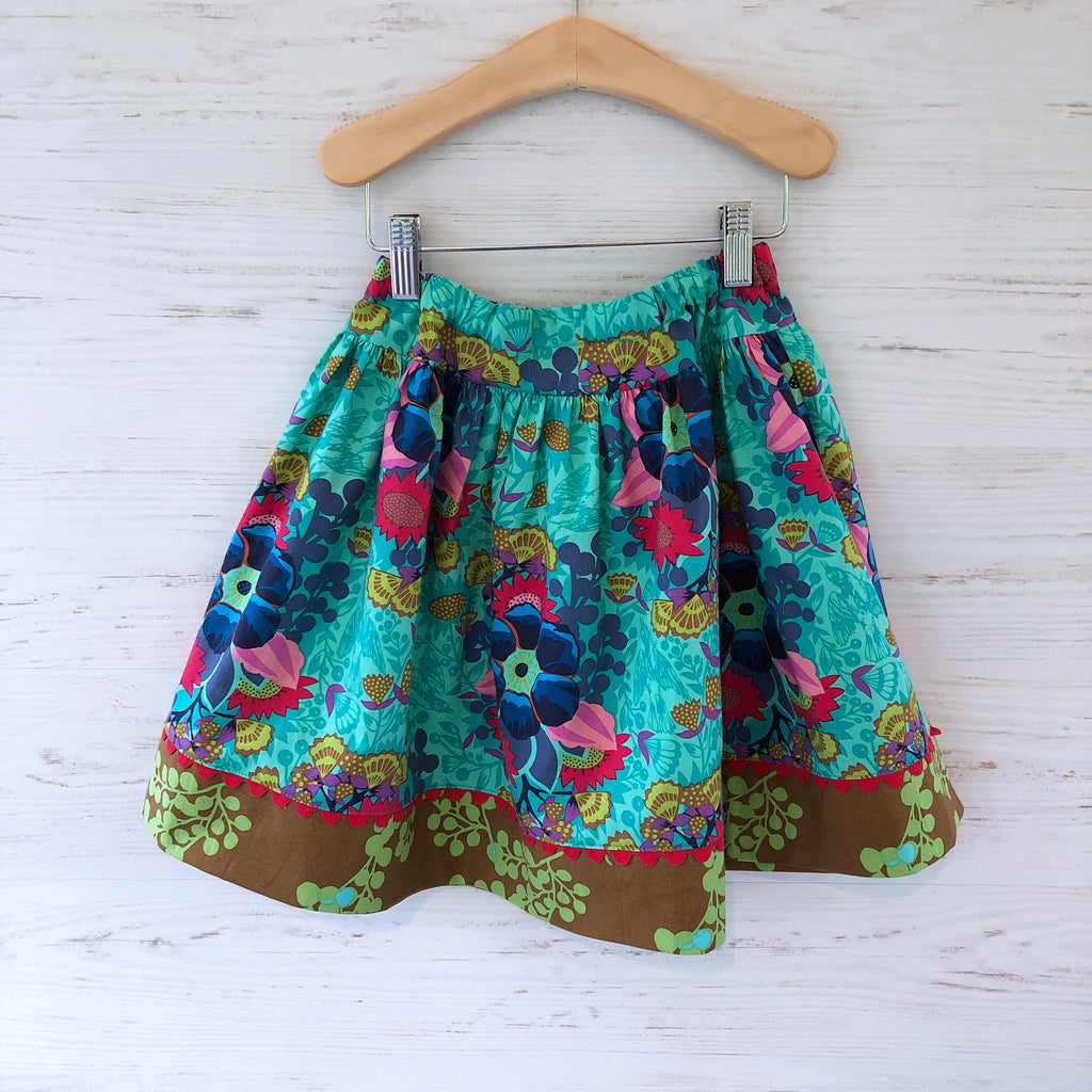 favorite twirl skirt in jade floral bouquet, sizes 3T 4T 5 6 7 8 - little girl Pearl