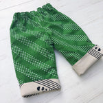 Load image into Gallery viewer, reversible cotton/linen pants in panda faces - little girl Pearl