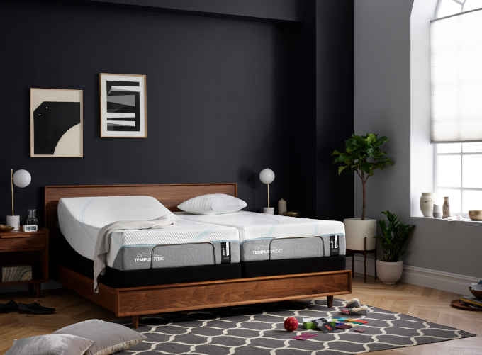 TEMPUR-ProAdapt® Medium Mattress
