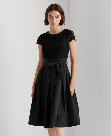 Lace Cap-Sleeve Cocktail Dress In Black
