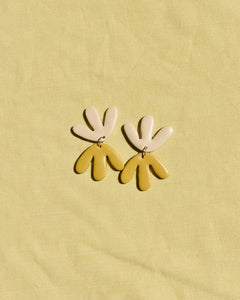 Double Bloom - Mustard Yellow | Sand