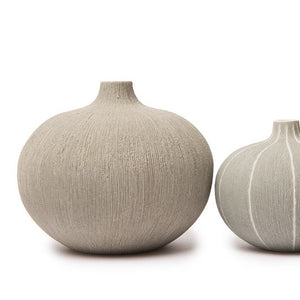 NATUR Light Grey Vase PRICE AND COCO INTERIORS
