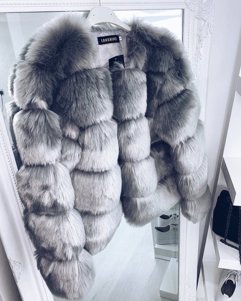 'Rosie' Grey Faux Fur Coat