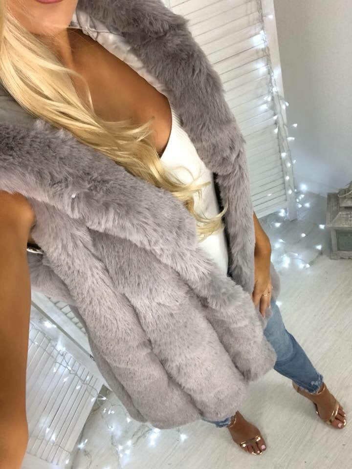 'Roca' LUXE Grey Super-Soft Hooded Faux-Fur Gilet