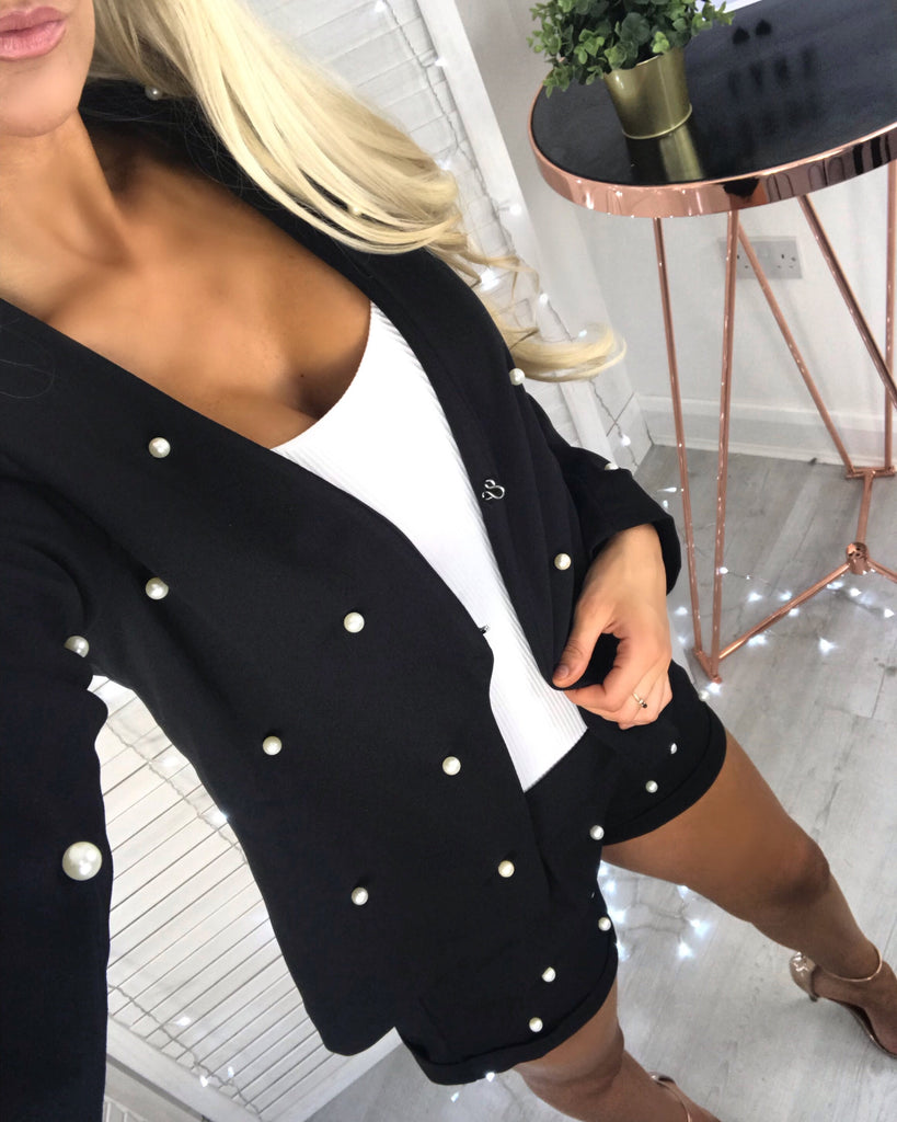 'Soraya' Black Blazer & Shorts-Set with Pearl Detail (PRE ORDER 14-21 DAY DELIVERY)