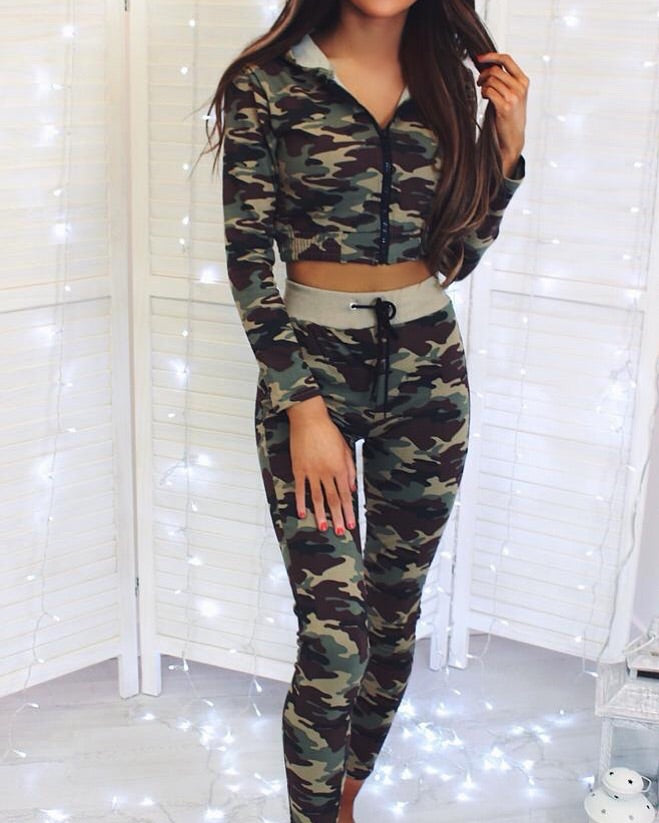 'Ellis' Camo Zip-Front Hooded Cropped Loungesuit