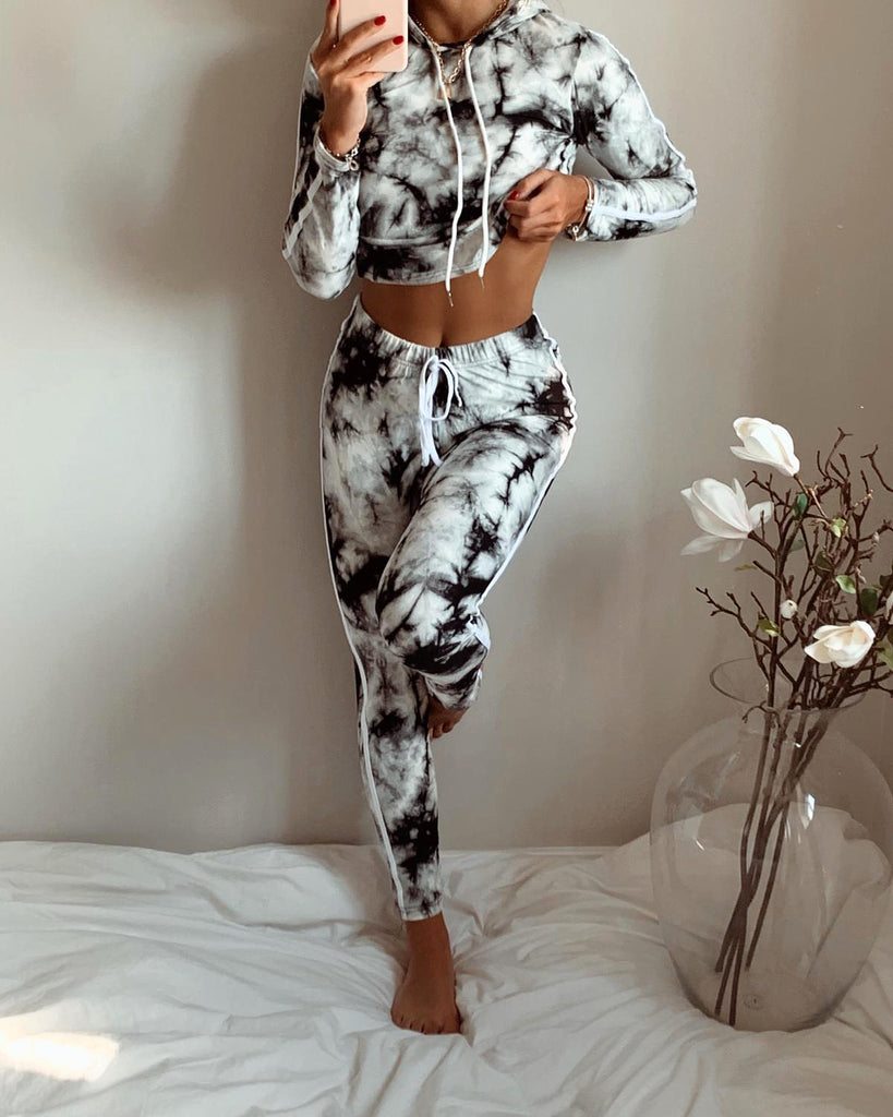 'Delia' Black & White Tie-Dye Hooded Loungesuit