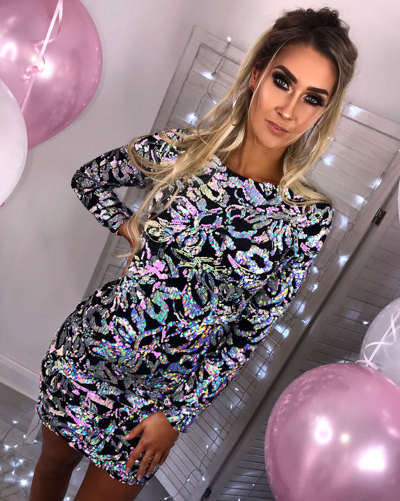 ** PRE-ORDER** 'Astrie' PREMIUM Black & Sequin Detail Long -Sleeve Bodycon Dress (DUE FOR RELEASE 20th DECEMBER)